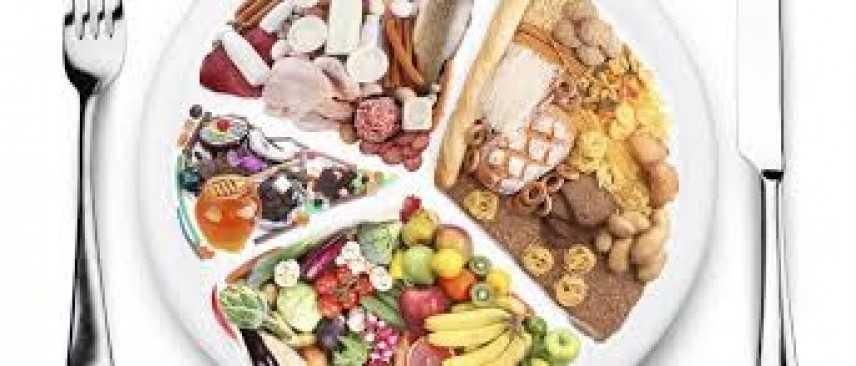 Alimentazione: tutti i trucchi per diminuire le calorie senza fare troppe rinunce