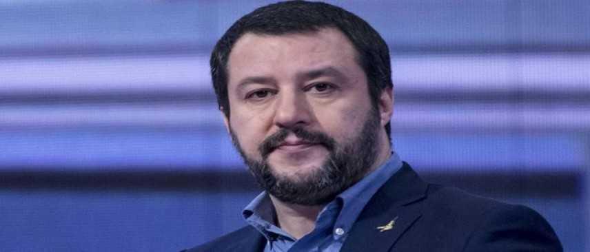 Salvini: stop al business dell'immigrazione clandestina