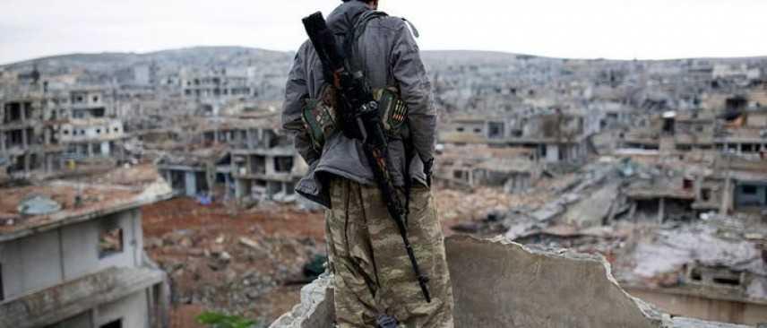 Siria: truppe del regime evacuano basi e aeroporti