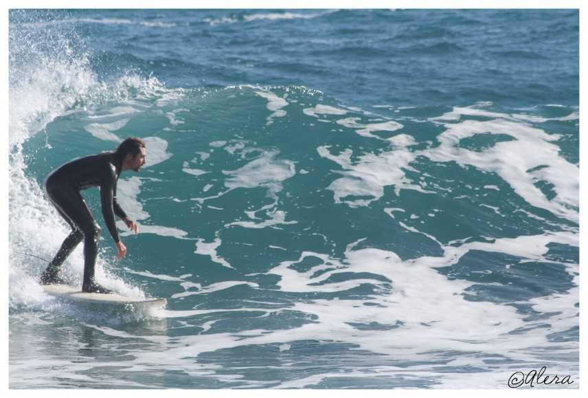 """""""Surf in Salento"""" sulla cresta dell'onda della destagionalizzazione turistica. Il leccese Carlo More"""