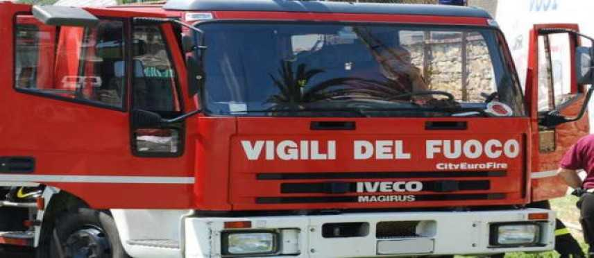 Bomba artigianale esplode ad Alghero
