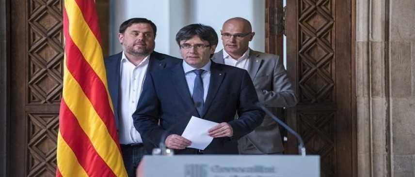 Barcellona, manifestazioni e scontri in piazza dopo l'arresto di Puigdemont in Germania