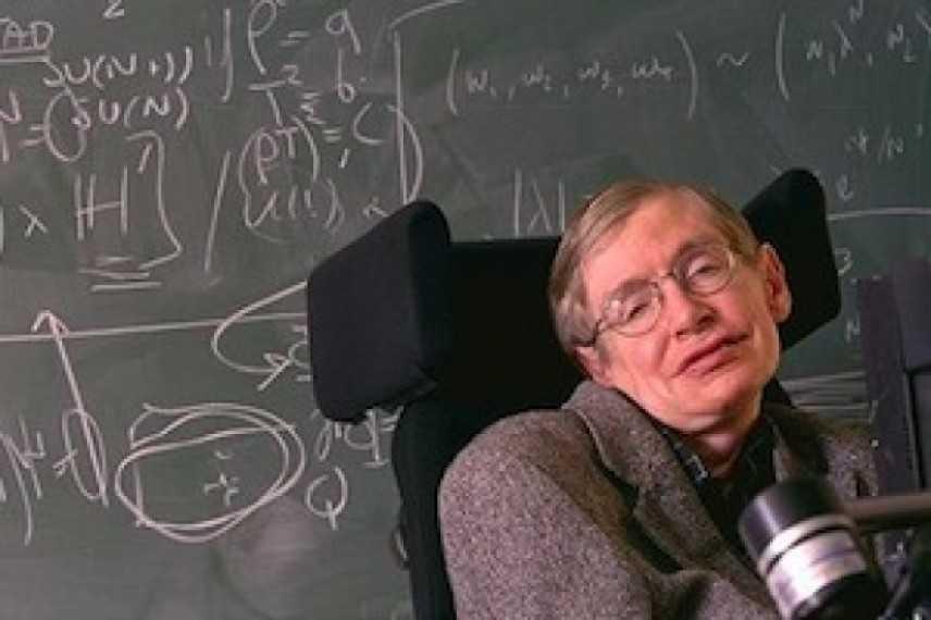 È morto Stephen Hawking: l'astrofisico che svelò l'origine dei buchi neri aveva 76 anni