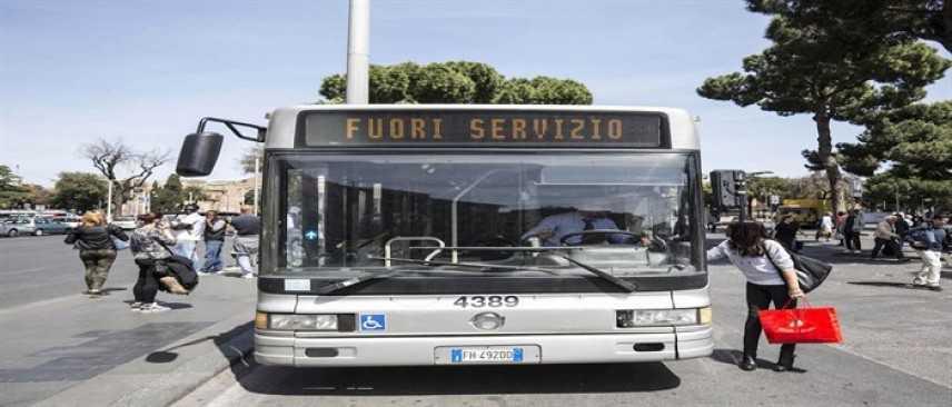 8 marzo, sciopero USB: stop ai trasporti a Roma, scarsa adesione a Milano
