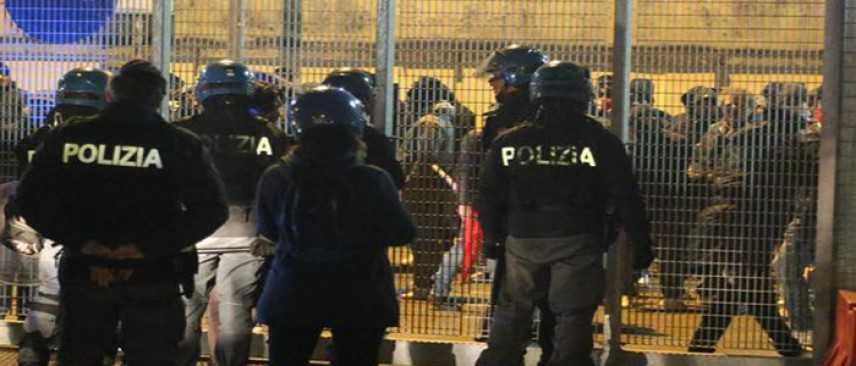 Calcio: perquisite case ultras padovani per scontri a Vicenza