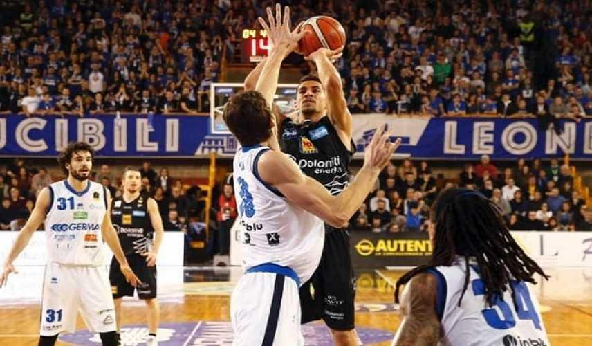 Basket - Serie A1, diciottesima giornata: Brescia cade nuovamente, ora 4 squadre in testa