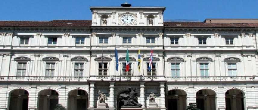 Torino, si dimettono i revisori dei conti del comune