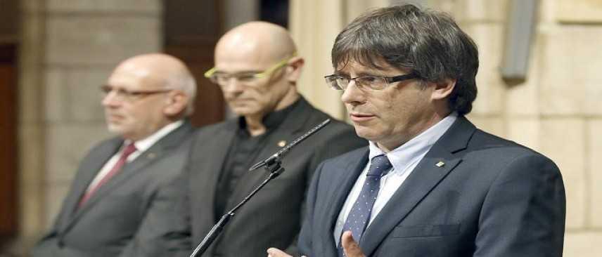 """Catalogna, i separatisti annunciano: """"Puigdemont sarà rieletto leader"""""""