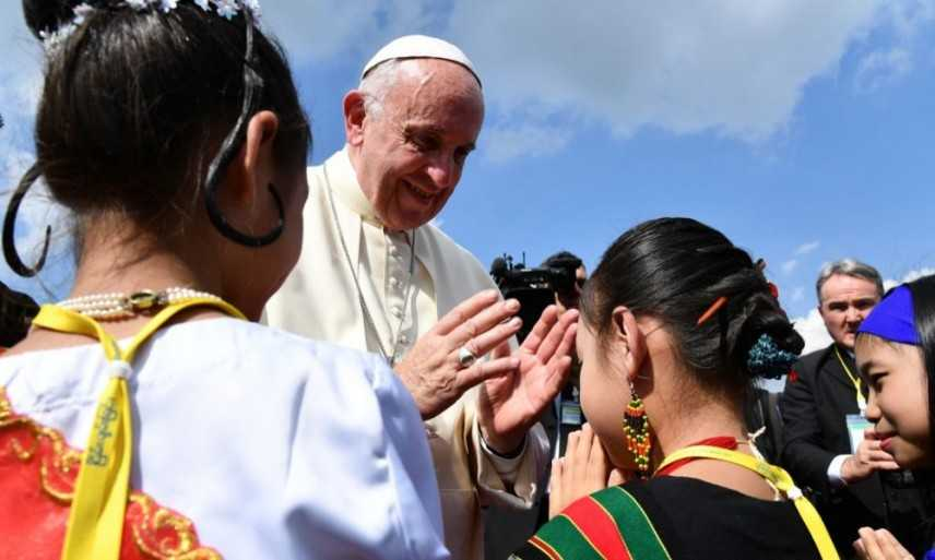Papa Francesco, alla violenza non rispondere con altra violenza
