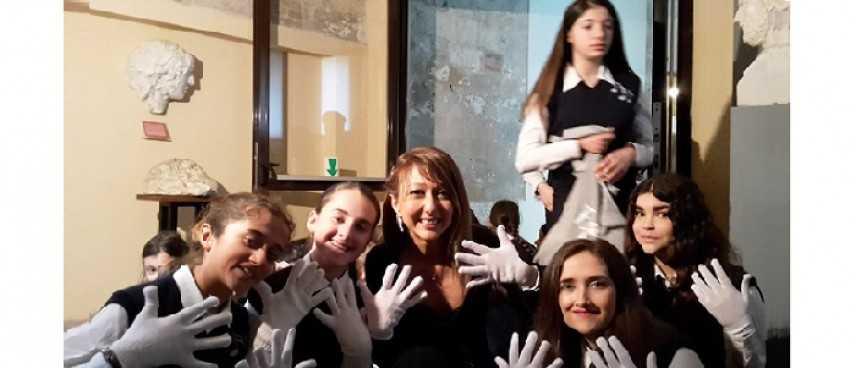 A Pisa Voci e Mani bianche in concerto per AIL