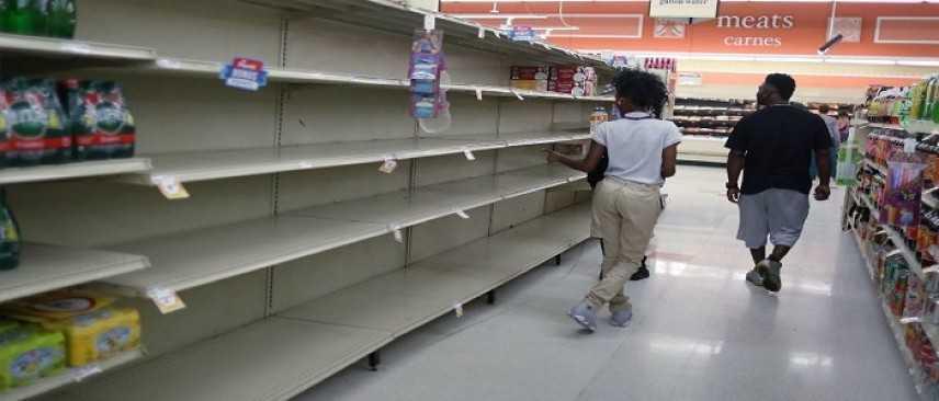 Florida, massima allerta per l'arrivo dell'uragano Irma. Già scattata la corsa alle scorte