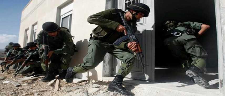 Cisgiordania, 25 capi di Hamas arrestati in un blitz