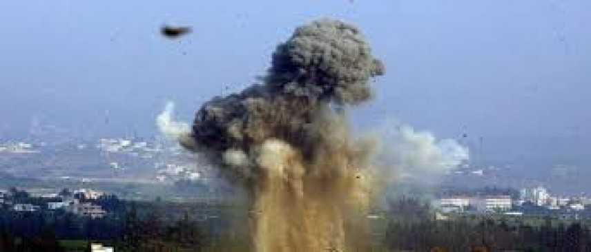 Siria, autobomba esplode vicino a bus sfollati: decine di morti