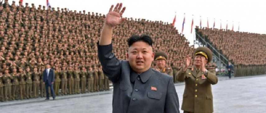 """Corea del Nord reagisce a invio portaerei Usa: """"Conseguenze catastrofiche"""""""