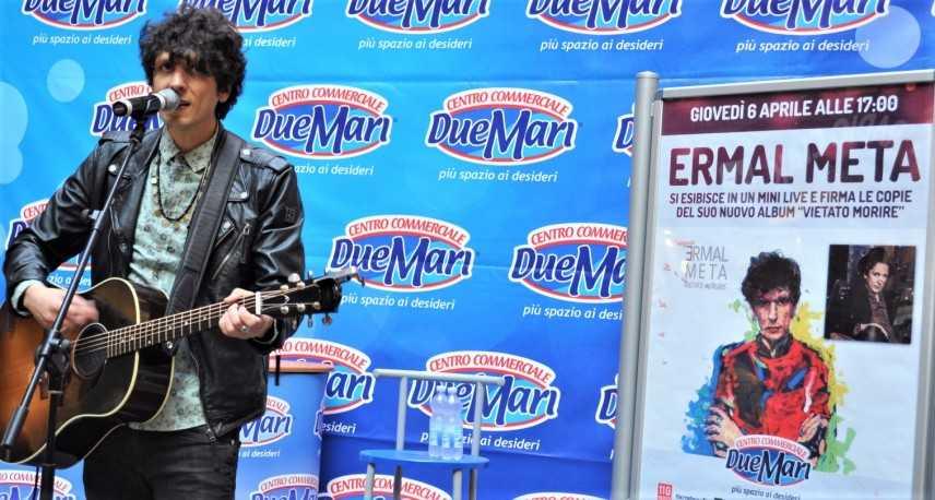 """Ermal Meta live al Centro Commerciale """"Due Mari"""" di Maida [Video e Foto]"""