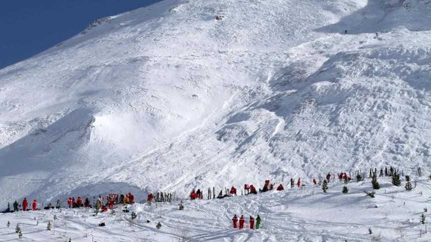 Francia, valanga a Tignes: diversi sciatori travolti