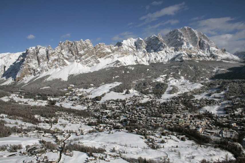 Maltempo, neve abbatte cavo in autostrada: riaperto tratto A14 tra Pescara Ovest e Lanciano