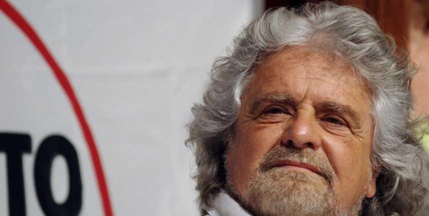 M5S: Grillo propone divorzio da Ukip in Europa, si vota sul blog