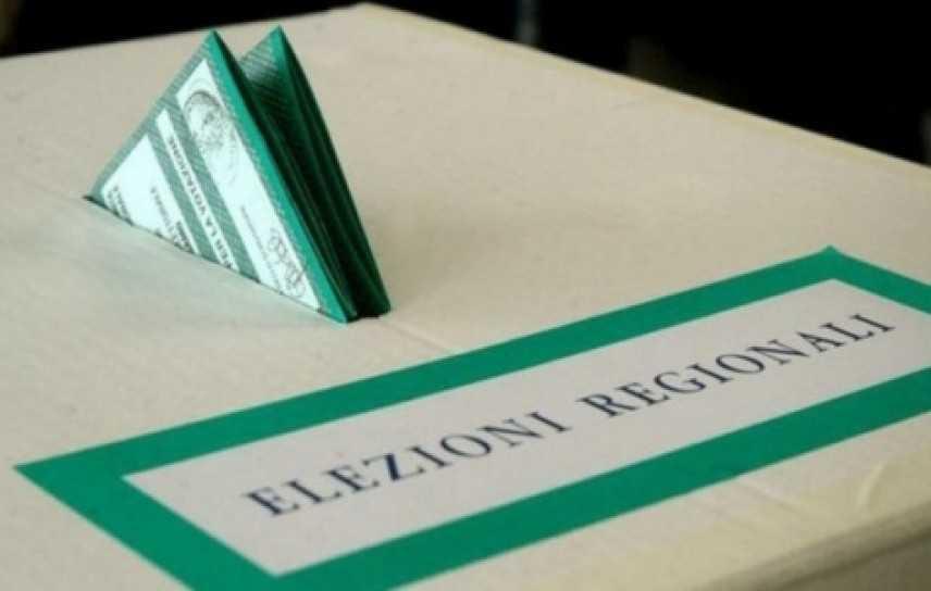 M5S, inchiesta presunte firme irregolari: 4 indagati anche a Bologna