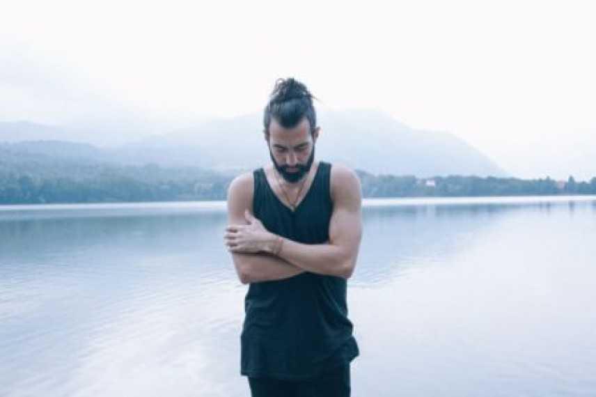 BUZZY LAO: Fuori l'album d'esordio 'Hula'