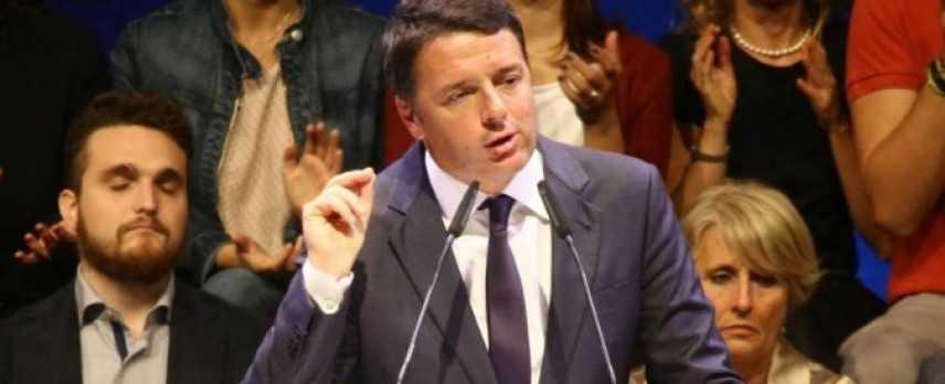 """Referendum, Renzi: """"Saranno decisivi i voti della destra"""""""