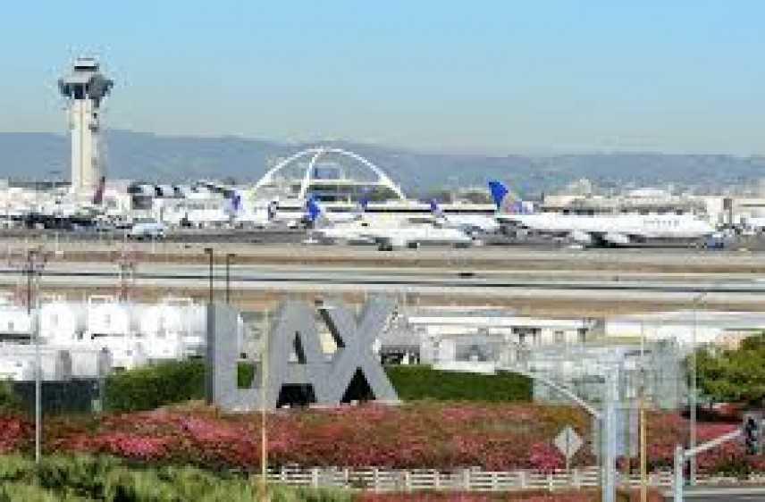 Los Angeles: falso allarme sparatoria in aeroporto