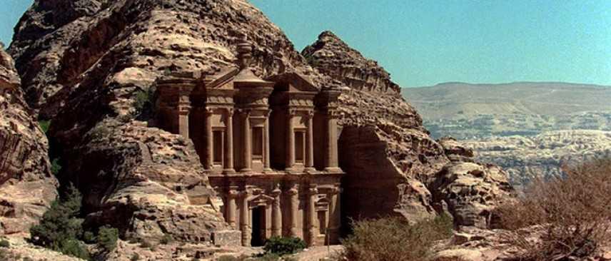Petra, scoperto enorme monumento sepolto, risale a circa 2000 anni fa