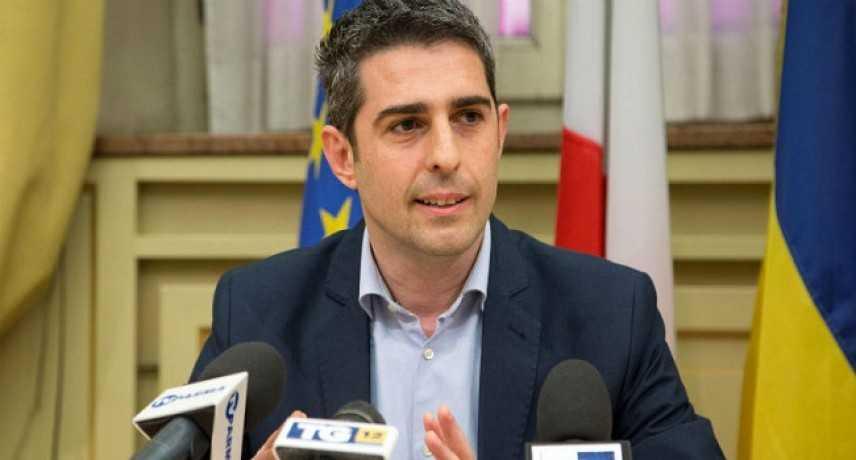 Parma, sindaco Pizzarotti indagato per l'alluvione del 2014