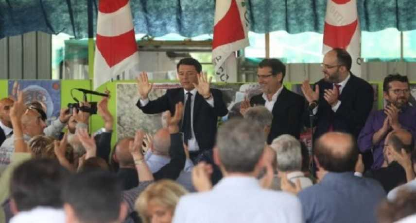 Renzi alla Festa dell'Unità: «L'Italia ha bisogno di Bologna»