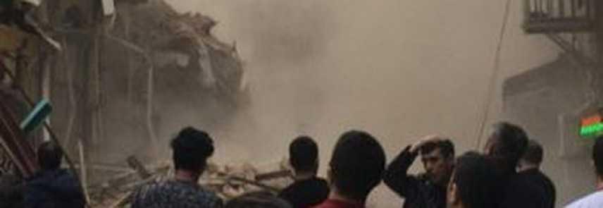 Un palazzo è crollato nel centro di Istanbul