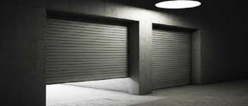 Vita in Condominio: E' consentito parcheggiare la seconda auto davanti il proprio garage?