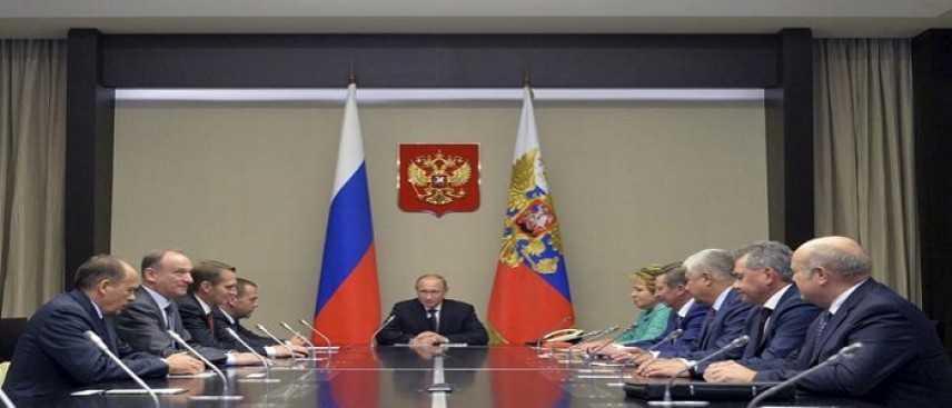 Isis, la Russia darà il via ad interventi militari in Siria: l'ok del Senato