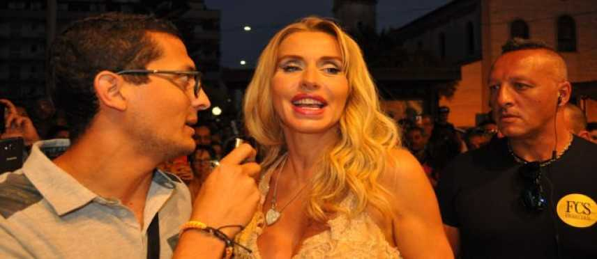 InfoOggi intervista a Valeria Marini alla Gioielleria Megna [FOTO]