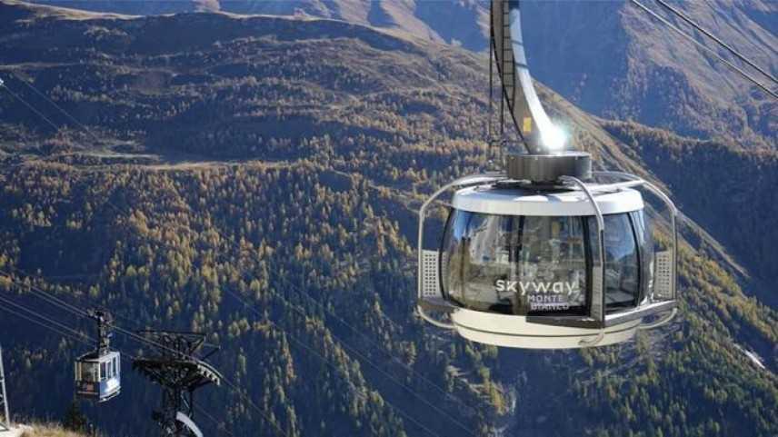 """Skyway, il Monte Bianco da """"scalare"""" in sandali e maglietta"""