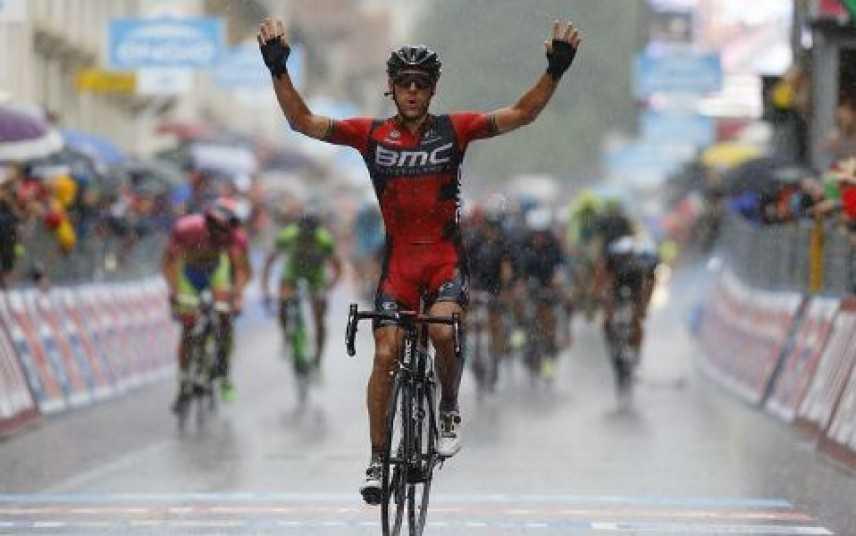 Philippe Gilbert conquista la 12° tappa del Giro d'Italia. Contador resta leader della generale