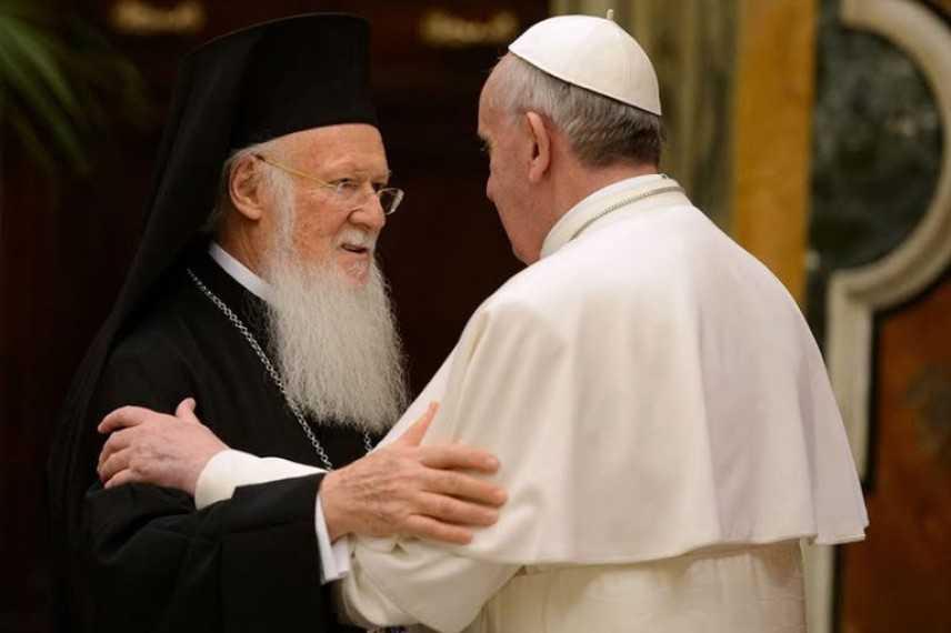 """Papa Francesco in visita a  Istanbul. """"La solidarietà di tutti i credenti"""""""
