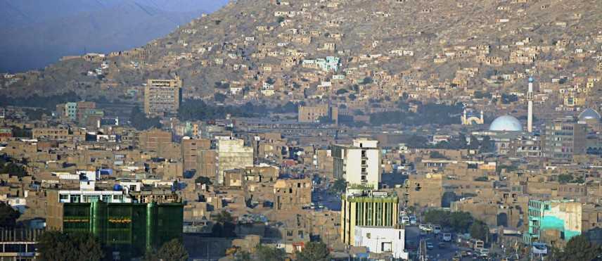 Kabul, kamikaze in moto si fa esplodere vicino auto ambasciata britannica