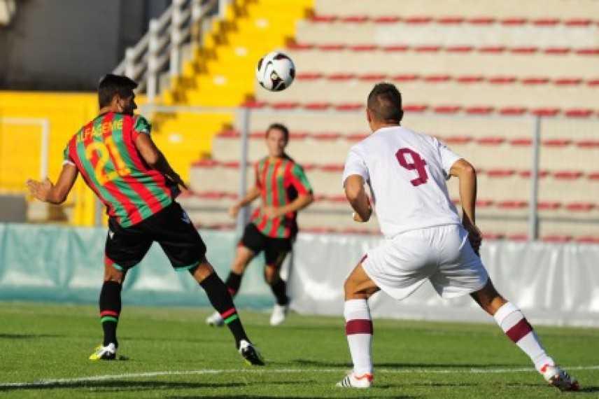 Serie B: Trapani arriva in vetta sconfigendo la Ternana