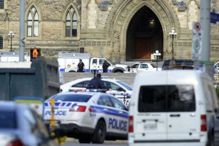 Ottawa: terrore al Parlamento, 2 morti