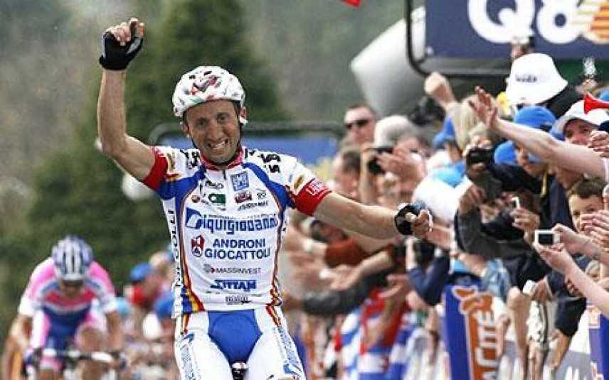 Ciclismo, il veronese Davide Rebellin vince il Giro d'Emilia