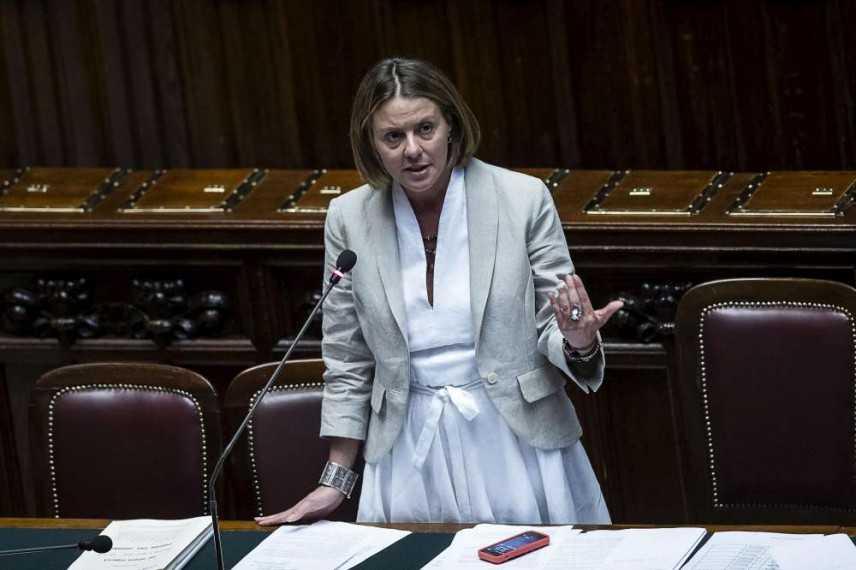 """Ebola, Lorenzin: """"tragedia immensa che va fermata"""". Il 22 vertice UE a Milano"""