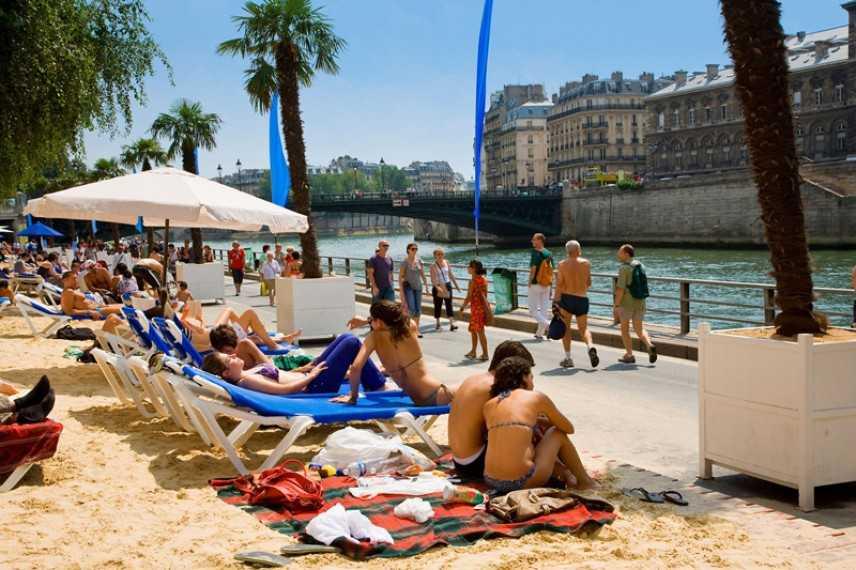 Torino segue l'esempio di Parigi: i Murazzi diventeranno una spiaggia