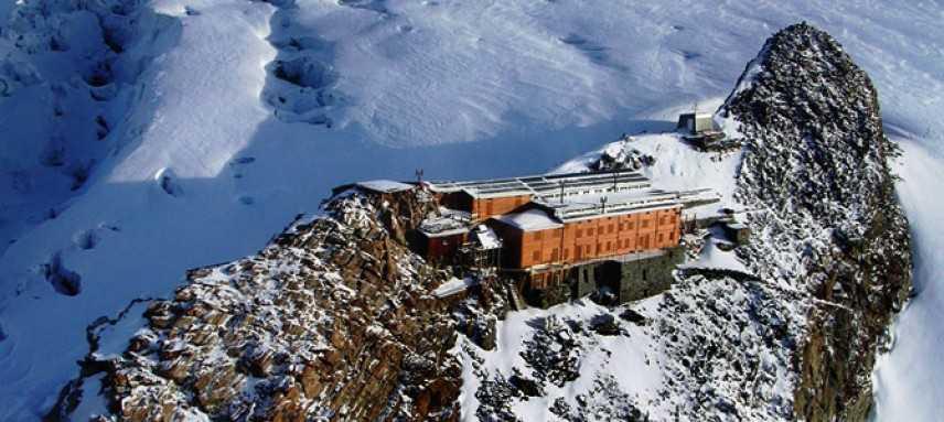 In cima al Monte Rosa sulla sedia a rotelle, l'impresa di Luca Barisonzi