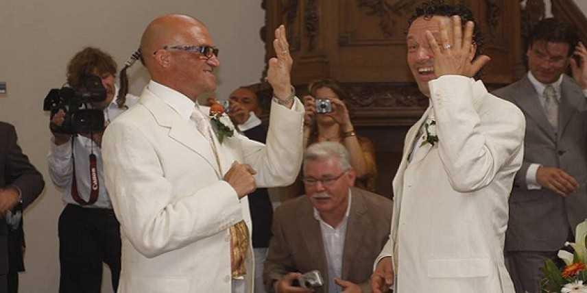 Sposi gay chiedono trascrizione del loro matrimonio, Sindaco di Fano valuta la richiesta
