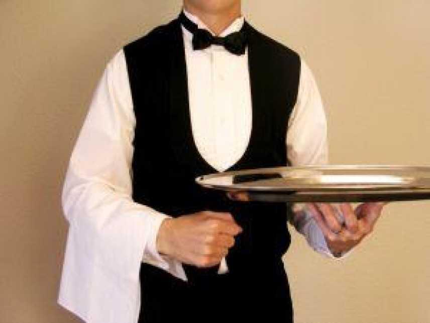 Cameriere licenziato per aver usato zucchero senza permesso