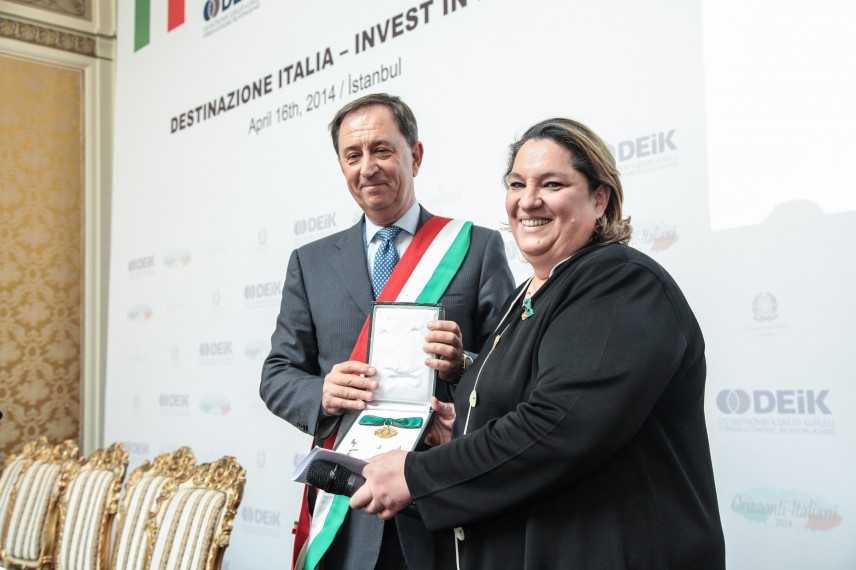 Ordine al Merito dall'Italia al presidente del Gruppo Kale Zeynep Bodur Okyay