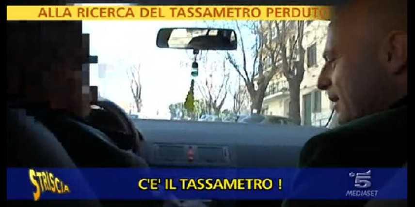 Striscia a Reggio sulle tracce dei furbetti del tassametro