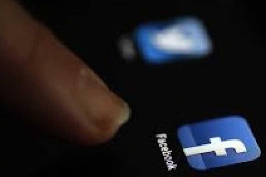 Facebook: su 24 milioni di iscritti ogni giorno si connettono in 17 milioni solo in Italia