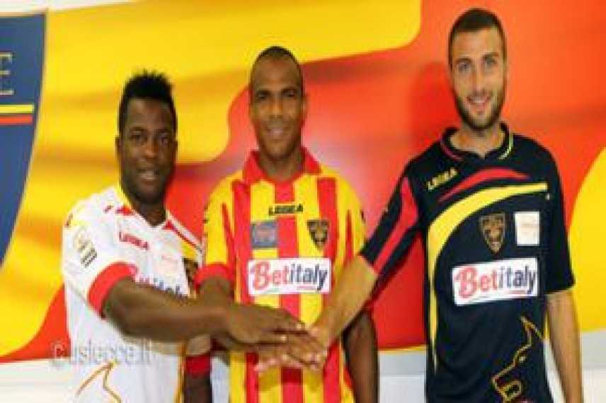 Calcio, Lecce: Presentati gli ultimi tre arrivi