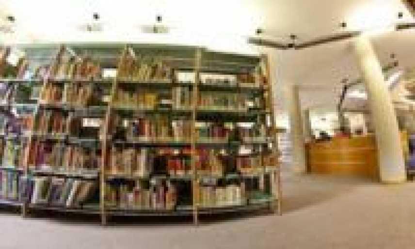 """La letteratura viaggia su Italo: nel """"maggio dei libri"""" sconti a chi visita il """"Salone del libro"""""""